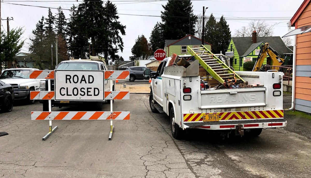 Gas Line Work Closes Lanes on Division